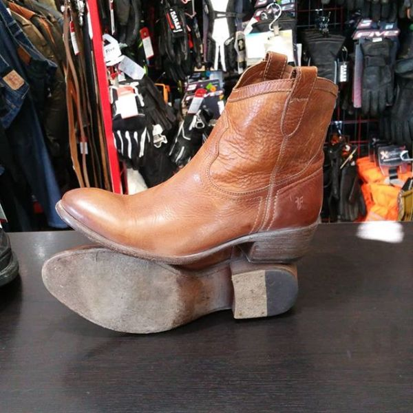 FRYE Leather CARMEN BOOTS 22919