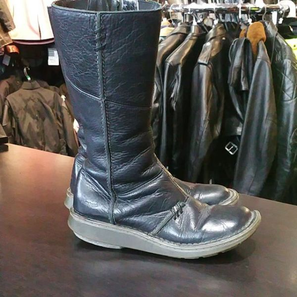 DR. Martens Leather Side Zip BOOTS 9757