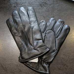 UNIK Wrist Length Leather GLOVES | R1407