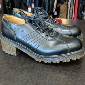 DR. MARTENS Heeled Leather SHOES   26398