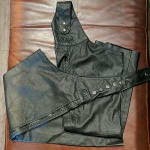 BRISTOL B.Y.O. Belt Leather CHAPS | 26717