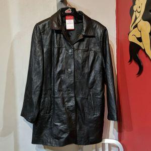 Danier Car Leather COAT   27001