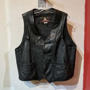 VANGUARD Gambler Leather VEST | 27214