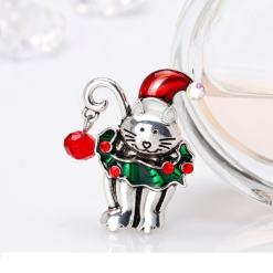 Cute Christmas Kitten Brooch