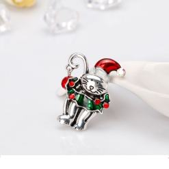 Cute Christmas Kitten Brooch at The Great Cat Store