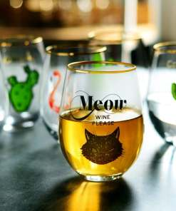 Large Cat Themed Wine Glass