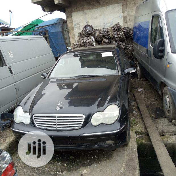 Mercedes-Benz C200 2003 Black For Sale