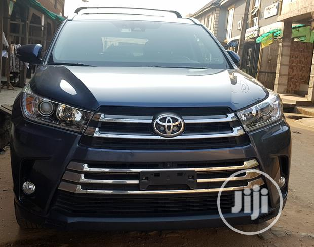 Toyota Highlander 2018 Blue For Sale