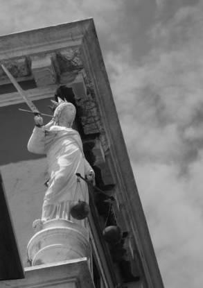 Venezia, Palazzo dei Dieci Savi alle Decime. Allegoria della Giustizia. © Debora Tosato - Storie dell'Arte