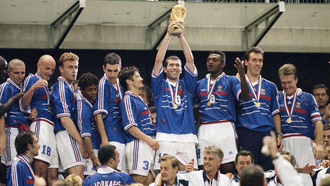"1998: Francia-Brasile 3-0. Le ""sliding doors"" di Ronaldo e Zinedine Zidane"