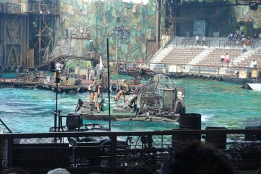 Waterworld show
