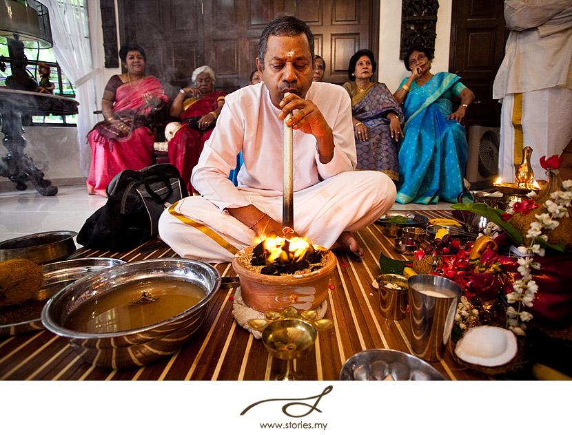 Ponnurukku An Eelam Tamil Gold Melting Ceremony  Malaysia Wedding Photographer And