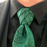 Groom's eldredge knotted tie