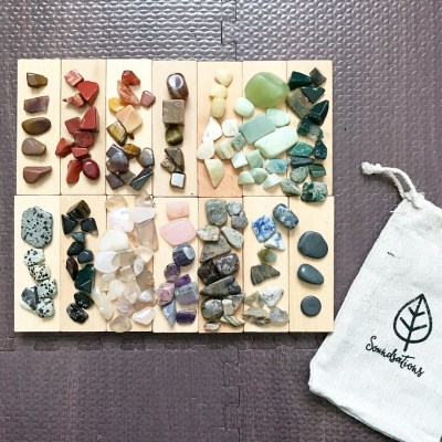 REVIEW: Invitation to Sort Colours With Soundsation's Crystal Discovery Kit