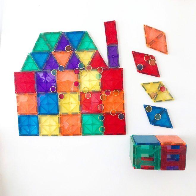 fridge design using playmags