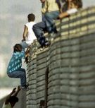 Border-Fence-Jumpers