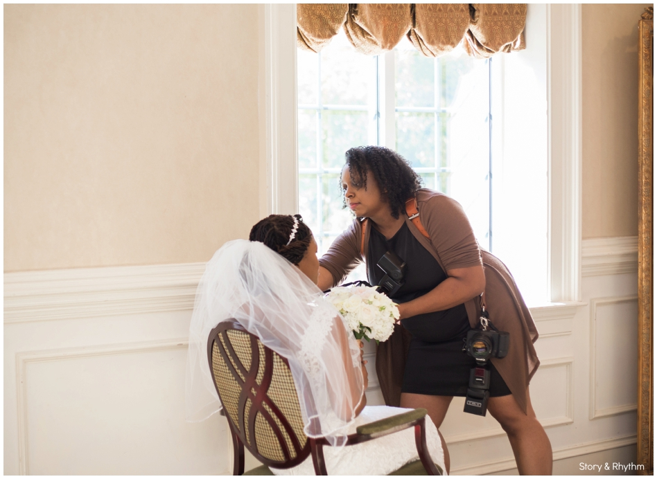 behind-the-scenes-with-a-wedding-photographer-and-dj_0710