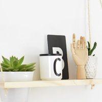 DIY // Une étagère balançoire