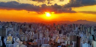 The incredible sunset over São Paulo from Terraço Italia