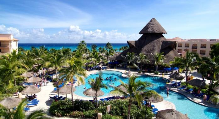 Sandos Playacar Beach Resort, Playa del Carmen - Adults only all inclusive resort in Mexico
