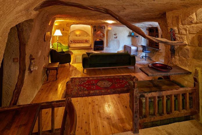 Cave hotels in Cappadocia anitya