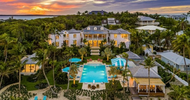 Luxury villa in the Bahamas - book high-end luxury villas on Airbnb