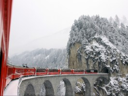 Ignite your wanderlust with these scenic train trips in Switzerland: Climb to the highest peaks & lowest valleys of one of Europes most beautiful countries.