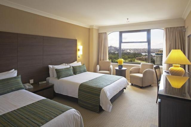 Cheap hotels in Sydney boulevard