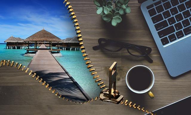 Best travel jobs - travel agent