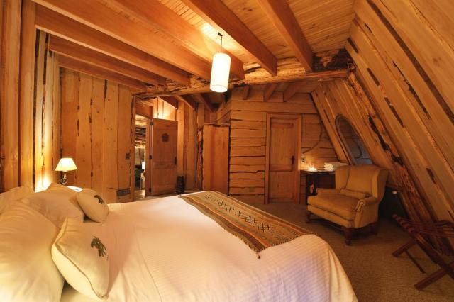 Treehouse hotels in Chile: treehouse