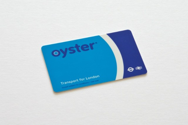 Oyster Card for the London tube: Tips for solo travel in London