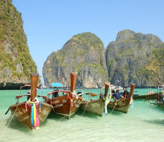 Best beaches and party islands in Thailand: Koh Phi Phi