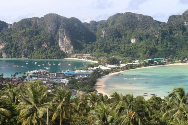 Koh Phi Phi: The Best Islands In Thailand To Hop Around