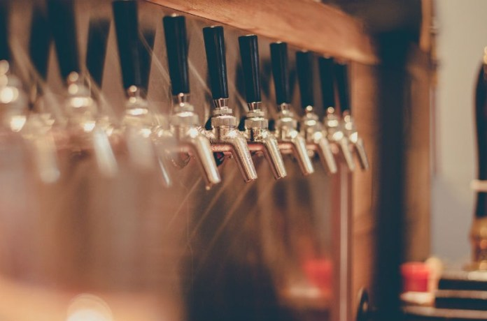 things to do in manchester-beer house