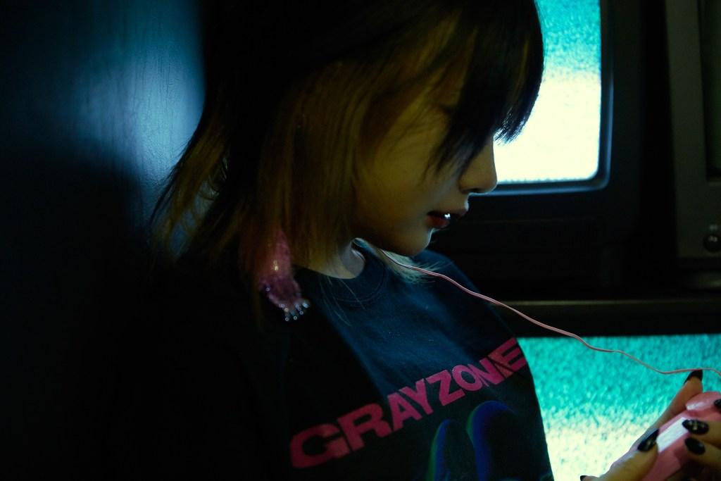 UK、ブランドショップ「GRAYZONE」をオープン&18禁楽譜のリニューアル再販決定