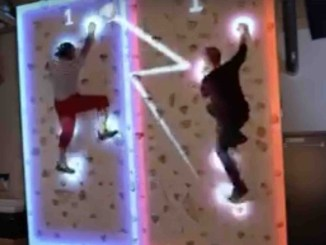 Стена для альпинизма с дополненной реальностью Augmented Climbing Wall