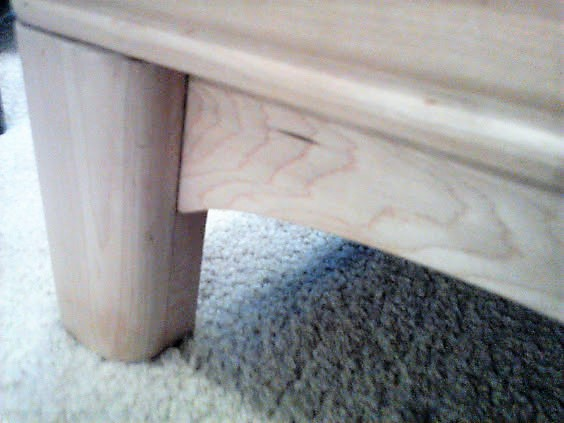Sears-Roebuck-buffet-leg-maple-wood