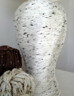 DIY Yarn Wrapped Lamp