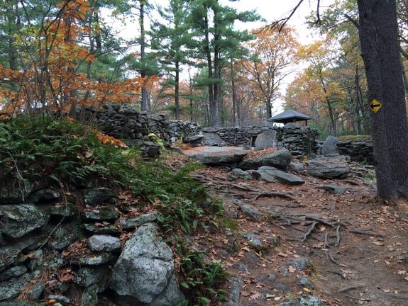 Summit-to-Americas-stonehenge