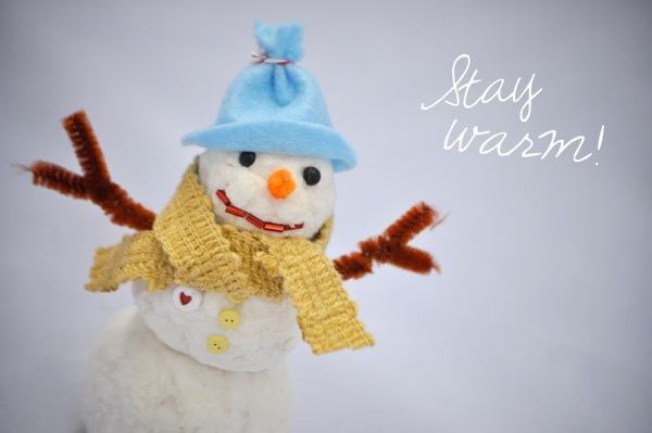 faux-snow-snowman