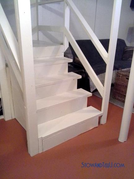 stairs painting tip-www.stowandtellu.com