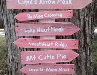 valentines-day-trail-signage
