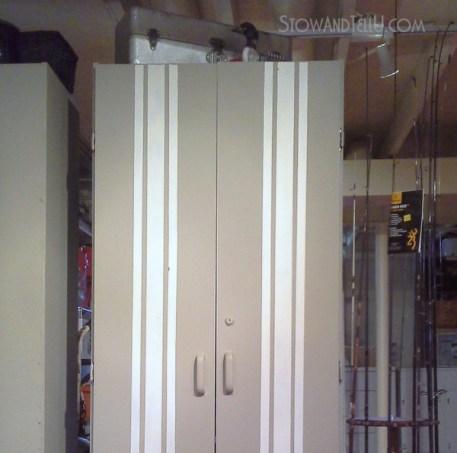 grain-sack-stripe-painted-furniture-storage-cabinet-https://stowandtellu.com