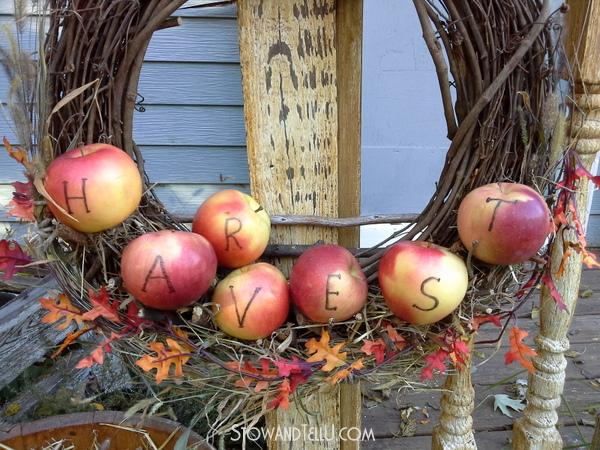 fall and harvest wreaths, decor