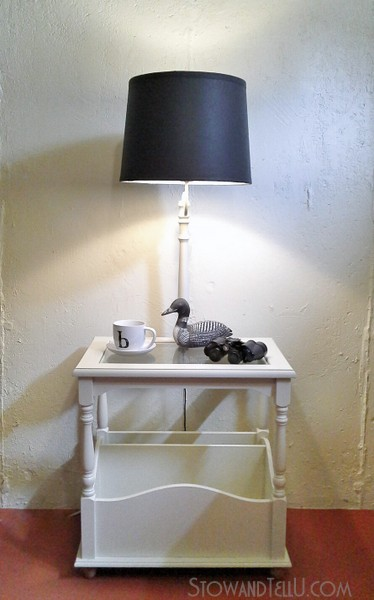 upcyled-table-lamp-with-primer-paint