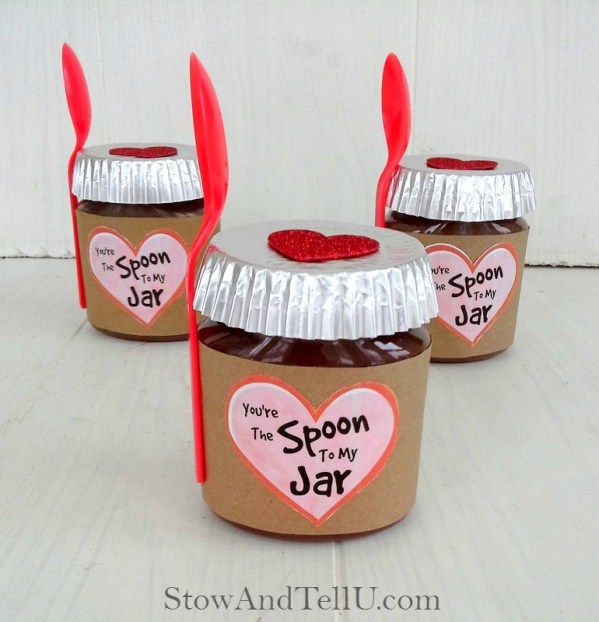 Valentine jar gift idea using nut butters from Stow and TellU