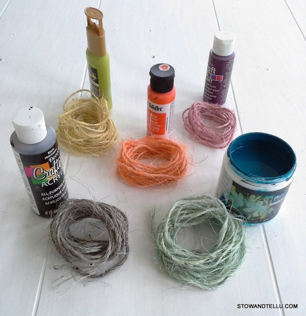 DIY paint dye for sisal twine -use for gift wrap, crafts, weddings, ornaments and more - StowAndTellU.com