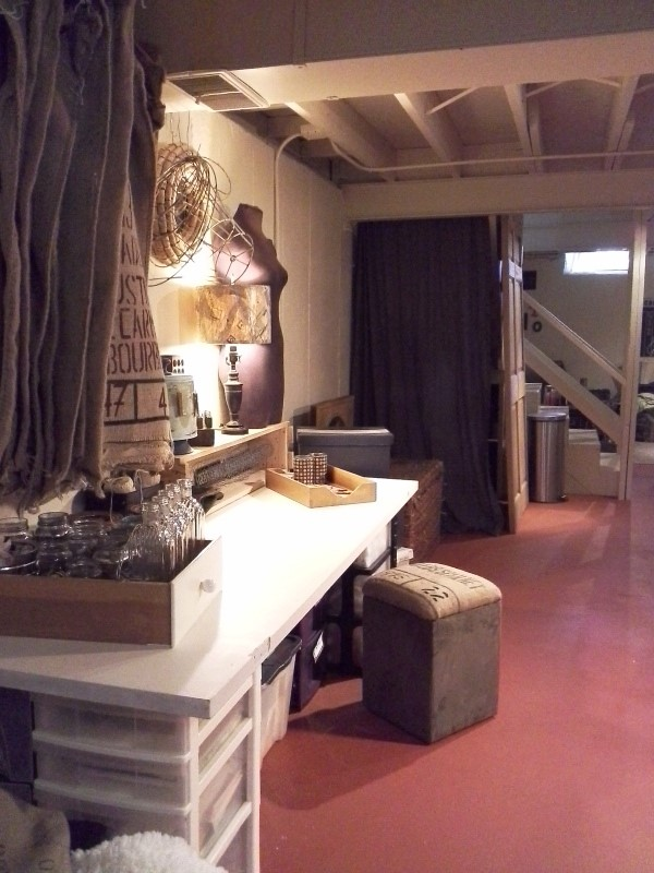 craft-area-nook-open-floor-plan-basement-makeover-StowAndTellU.com