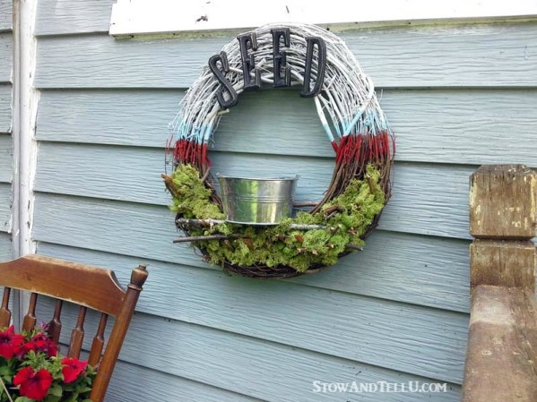 patriotic-bird-feeder-wreath - StowAndTellU.com