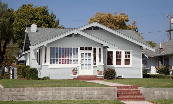 blue-house-white-trim - blue house accent color options - StowandTellU.com